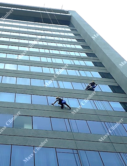 Facade Cleaning Service And Glass Cleaning Service In